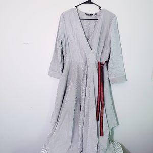 Mile Gabrielle wrap dress Vertical stripes